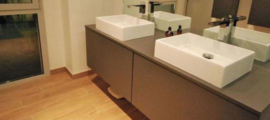 meubles de salles de bain avec vasque intégrée